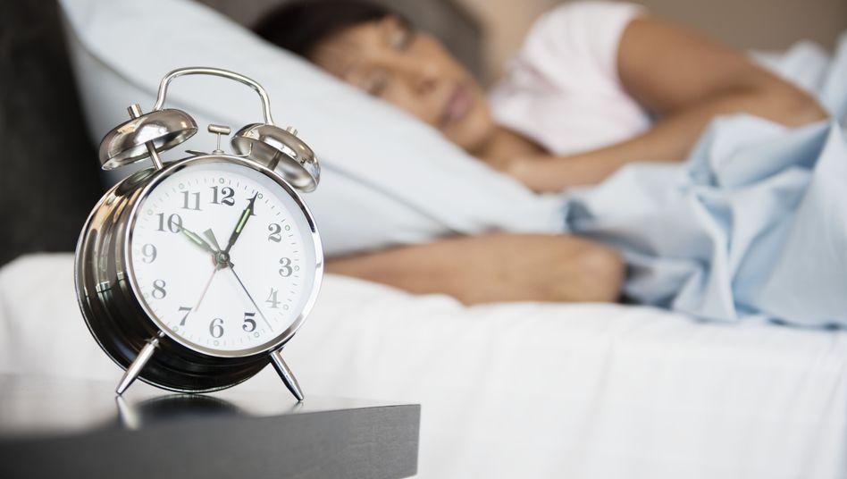 """Schlafende Frau: """"Zurückgewinnung der geistigen Munterkeit"""""""