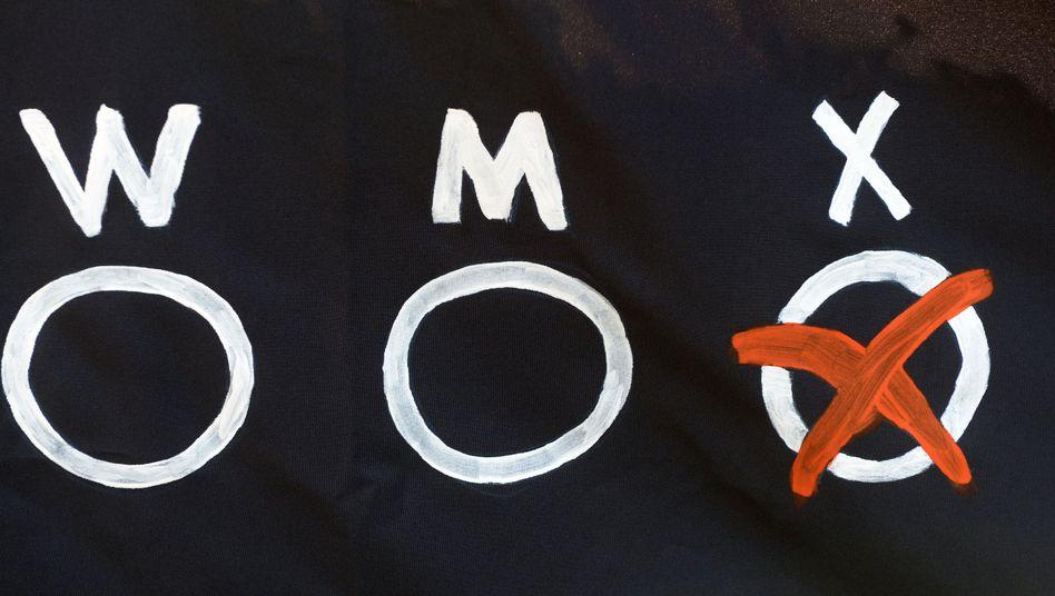 Drei Möglichkeiten für einen Geschlechtseintrag (Symbolfoto)