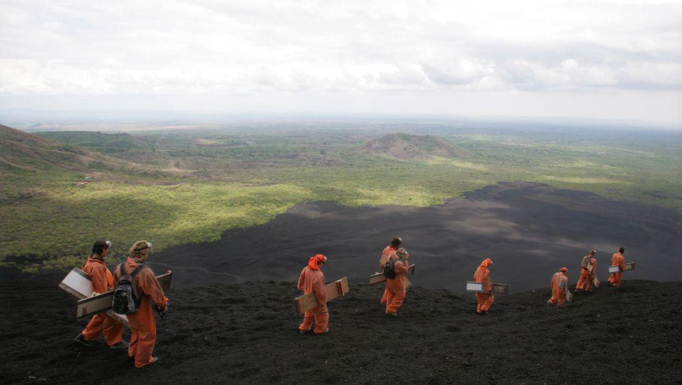 Nicaragua: Surf den Vulkan!