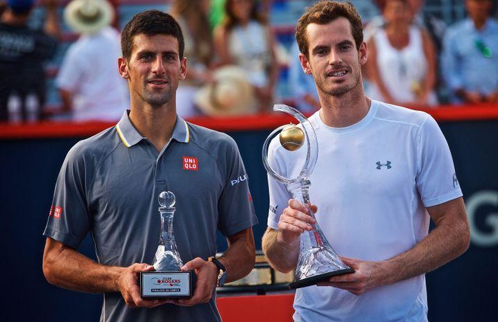 Djokovic (l.) und Murray nach dem Turnier: Posieren mit Trophäen
