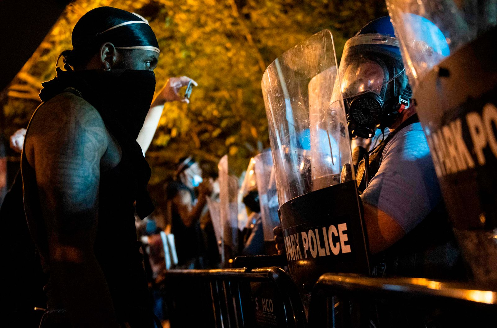 TOPSHOT-US-POLITICS-RACISM-JUSTICE-police-minorities