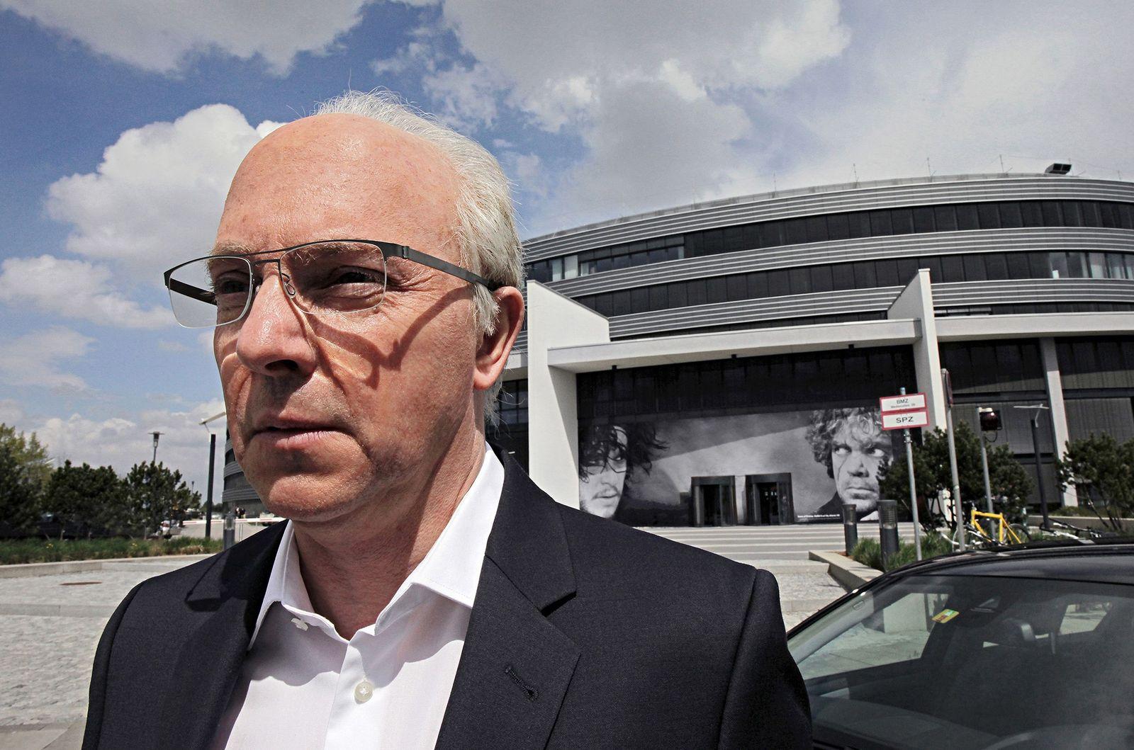 EINMALIGE VERWENDUNG TV/ Schorsch Aigner - der Mann, der Franz Beckenbauer war