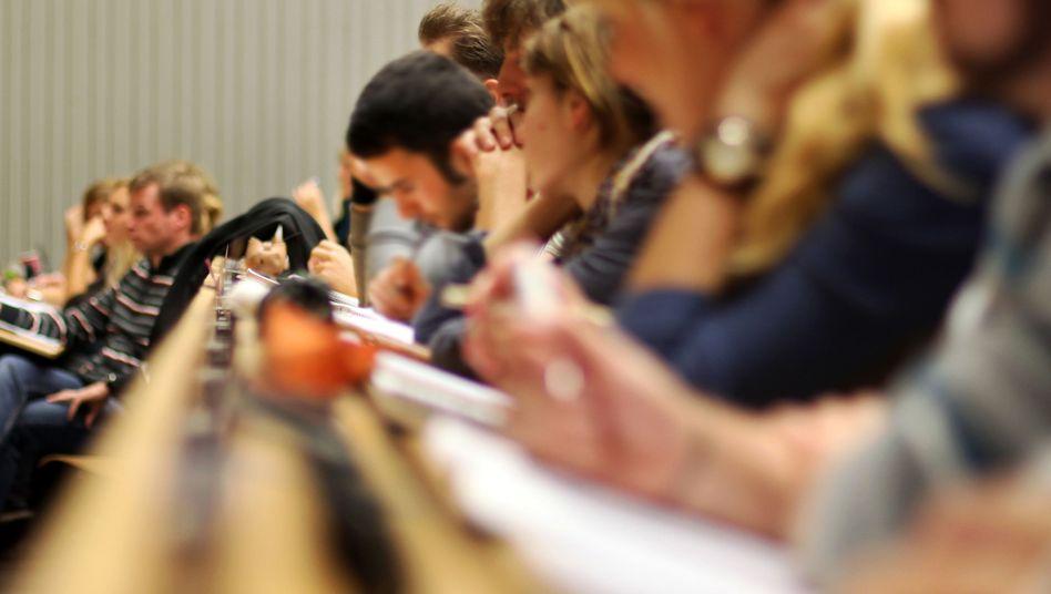 Hörsaal der Ruhr-Uni in Bochum: 270 Hinweise gegen unbeugsame Professoren