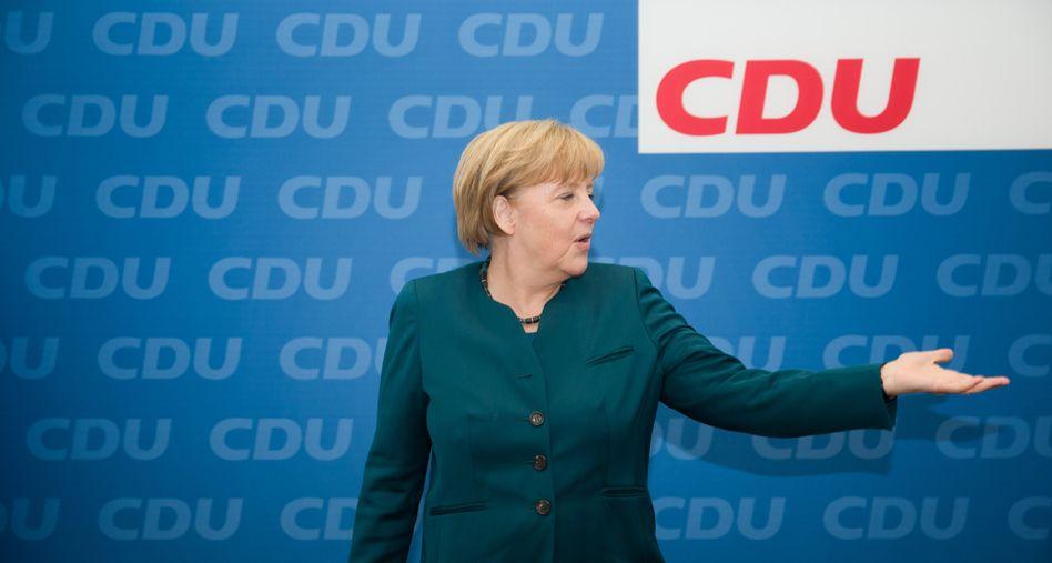 Bundeskanzlerin Merkel in der CDU-Zentrale: Da geht es lang?