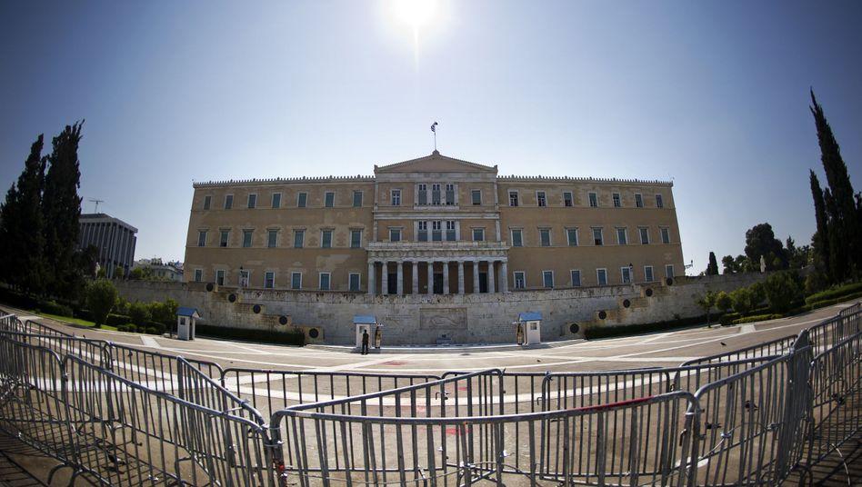 """Parlament in Athen: """"15 von 110 ist nicht schlecht"""""""