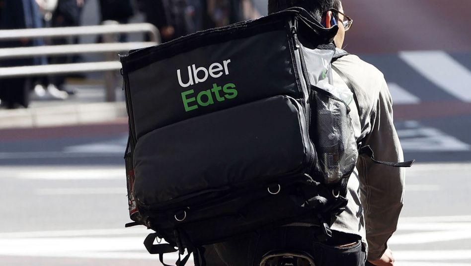 Uber-Eats-Lieferant in Tokio