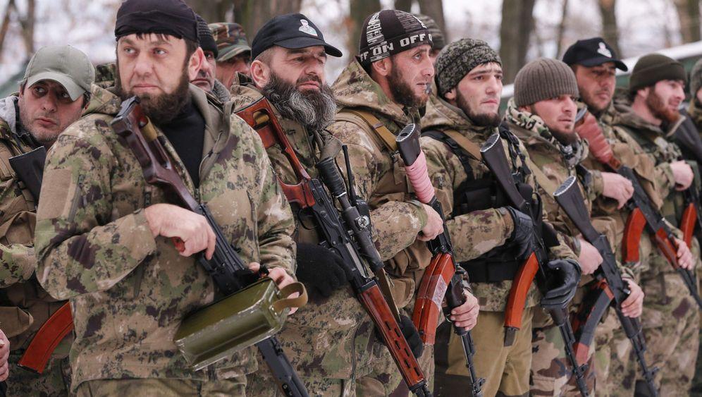 """Tschetschenen in der Ukraine: """"Allahu Akbar""""-Rufe im Schnee"""