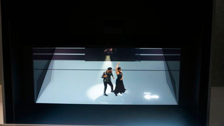 Sonys Lightfield-Display nutzt ein LCD mit Linsenraster und Kamera fürs Augentracking. Die 3D-Darstellung ist verblüffend plastisch