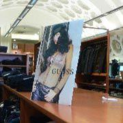 Damenabteilung im Kaufhaus des Vatikan: Diskret und steuerfrei