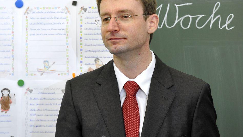 """Doktorvater über Minister Roland Wöller (CDU): """"Glänzend"""", aber auch ein """"Scharlatan""""?"""
