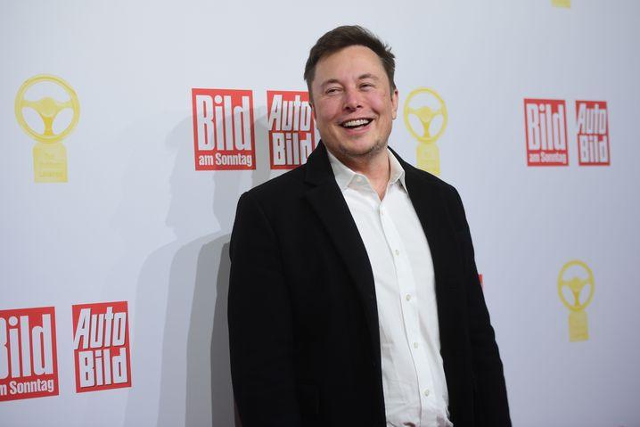 "Elon Musk in Berlin: ""Deutschland baut großartige Autos"""