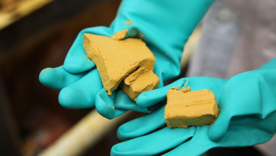 Gelbkuchen entsteht als Gemisch bei der Aufbereitung von Uranerzen (Archivbild)