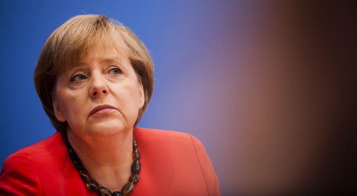 Kanzlerin Merkel: Druck aus Europa, Druck aus der Heimat