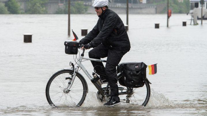Wetter: Die Pegel der Flüsse steigen und steigen