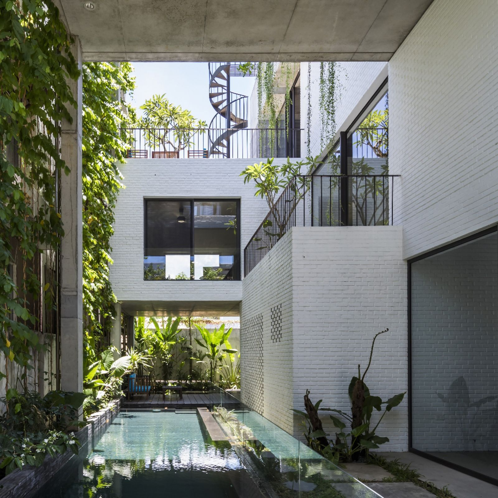 Dezeen Awards 2020 Thang House by VTN Architects