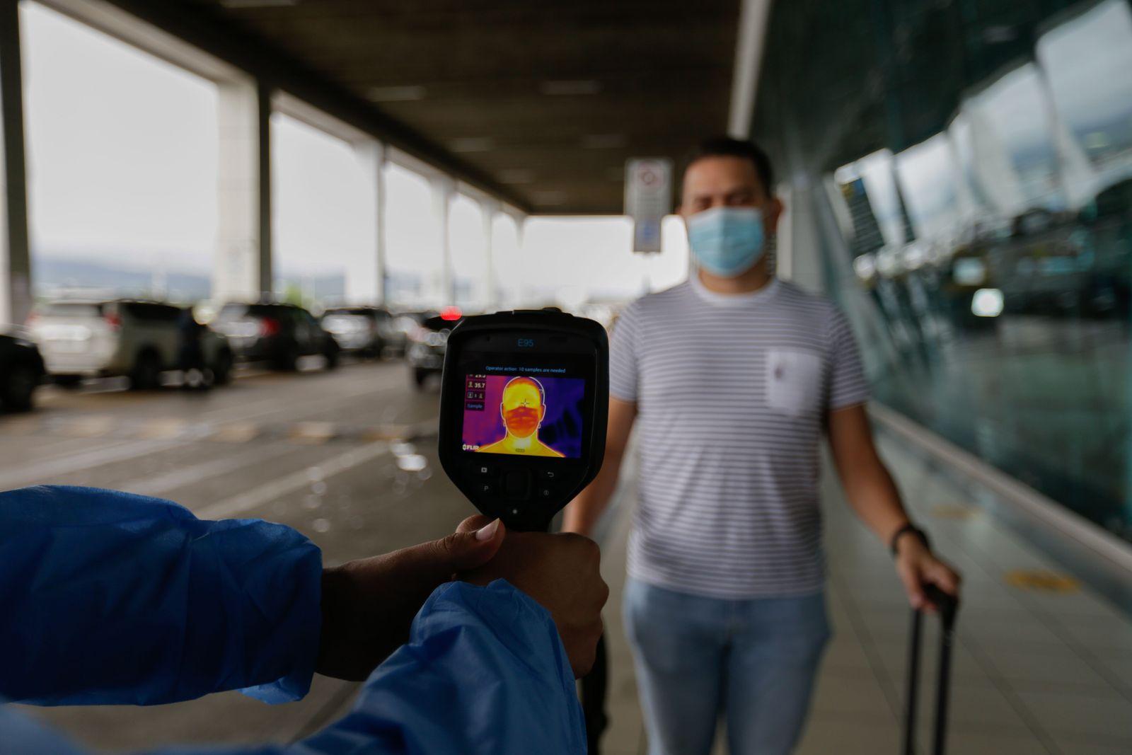 PAMANA-HEALTH-VIRUS-AIRPORT-FLIGHTS