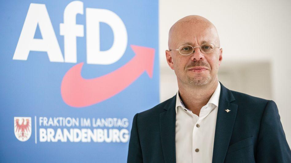 Andreas Kalbitz darf seine Rechte als AfD-Mitglied und als Mitglied des Bundesvorstands wieder ausüben