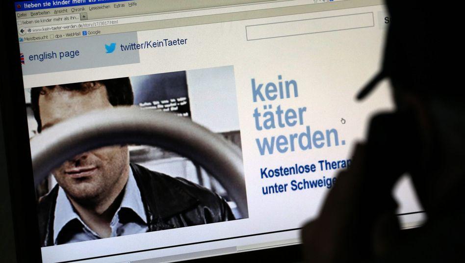 """Werbeplakat für das Netzwerk """"Kein Täter werden"""""""