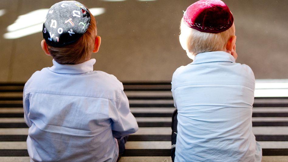 Jüdische Schüler in Hamburg: Von blöden Sprüchen bis zu interessierten Fragen ist alles dabei