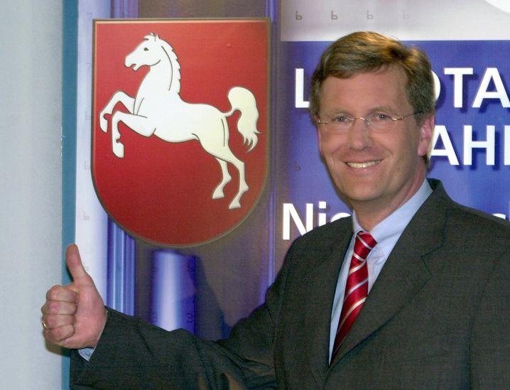 Wahlsieger 2003: Die CDU in Niedersachsen ging mit ihrem Spitzenkandidaten Christian Wulff als Sieger aus der Landtagswahl hervor