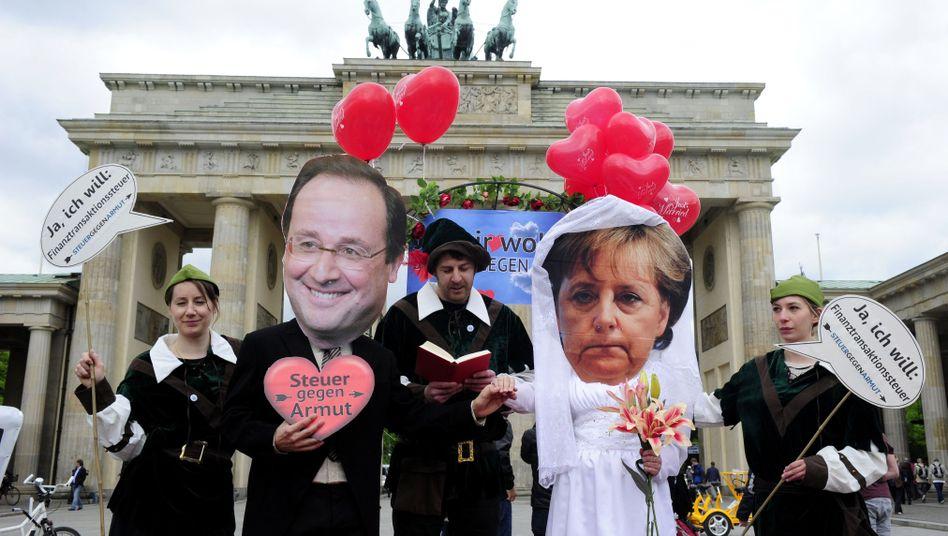 Heirat aus steuerlichen Gründen: Demo für die Finanztransaktionsteuer in Berlin
