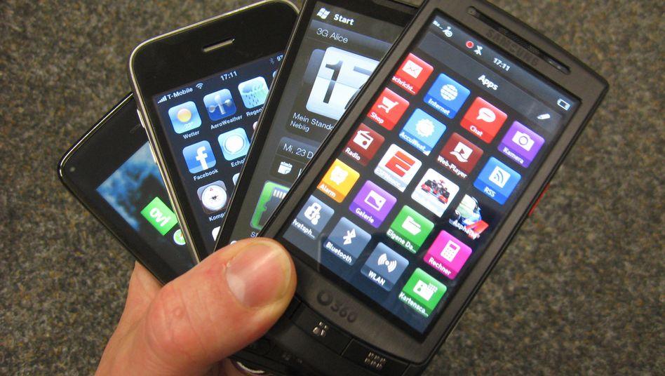 Handys: SIM-Lock-Knacker im Visier der Ermittler