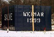 Der Weimarer Klassik-Würfel- der umstrittenste Besuchermagnet im Goethe-Jahr
