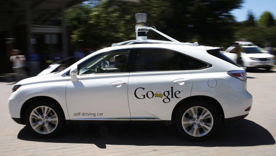 Selbstfahrendes Google-Auto (2014 in Kalifornien): Kandidat für Eigenständigkeit