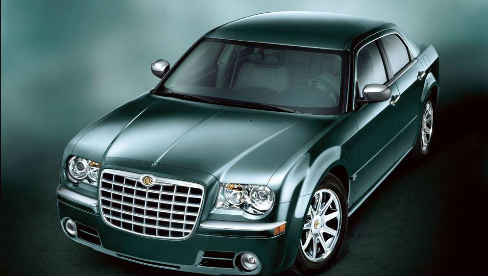 Chrysler 300 als Gebrauchter: Schlachtschiff im blauen Schein