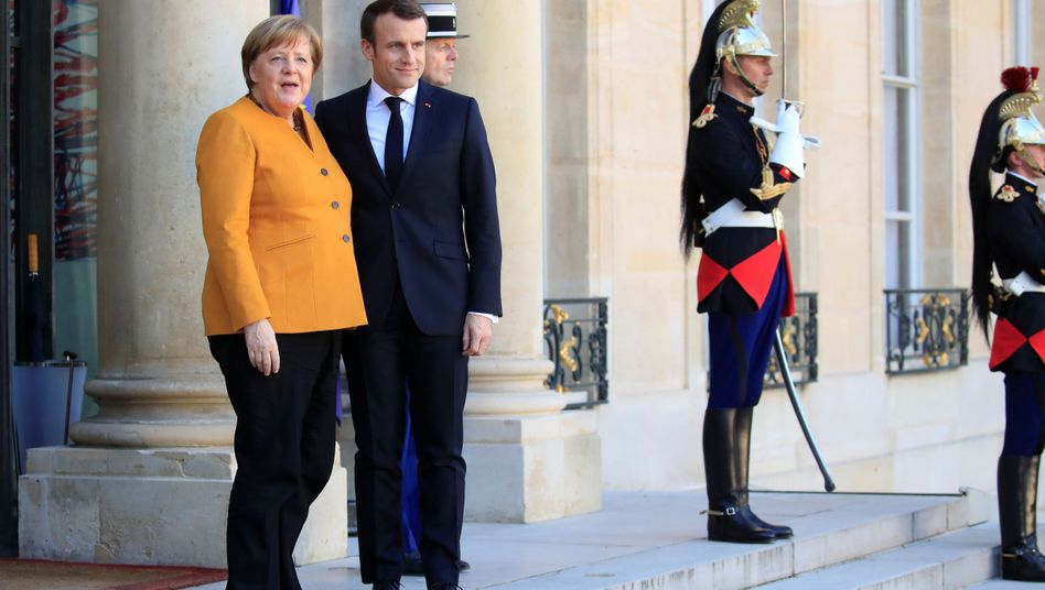 French President Emmanuel Macron and German Chancellor Angela Merkel both want a deal with Britain.