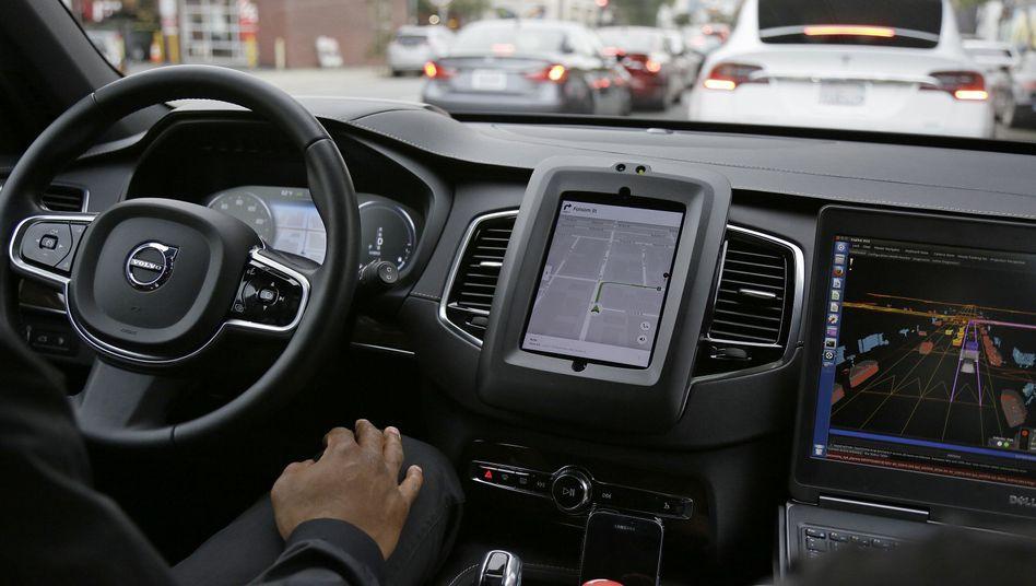 Selbstfahrendes Uber-Taxi