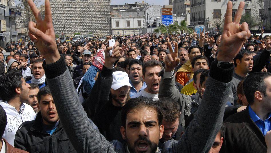 Syrische Regimegegner: Mindestens 55 Tote