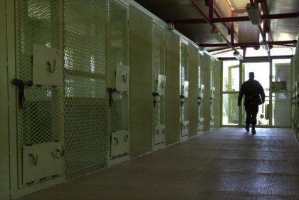 Zellenblock in Guantanamo Bay: Lebenslang auf Verdacht?