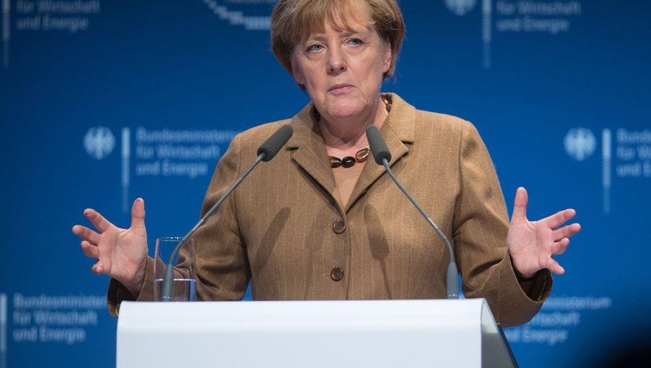 Angela Merkel beim Nationalen IT-Gipfel: Warten auf günstige Gelegenheiten