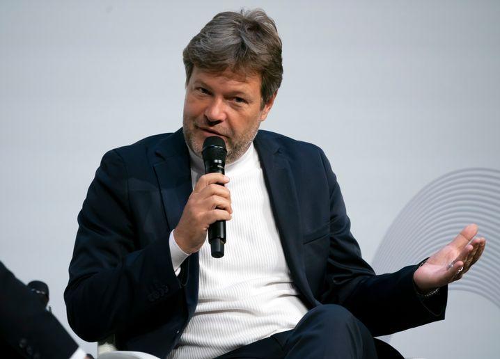 Grünen-Chef Robert Habeck: Fauxpas bei der Pendlerpauschale