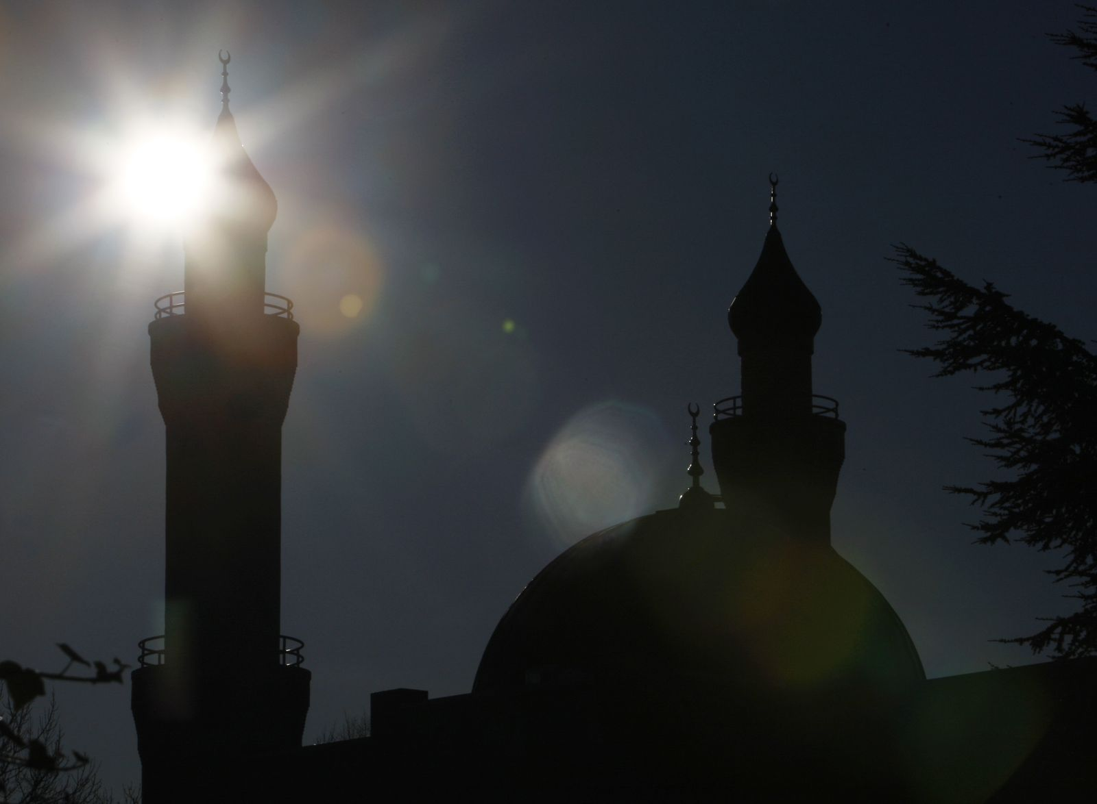 DEU SH Religion Islam Moschee Minarett