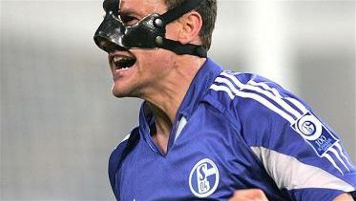 DFB-Pokal: Rost bringt Schalke ins Endspiel