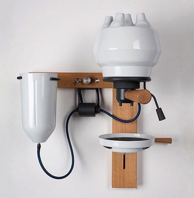 neuerdings / Espresso-Maschine mit Euter