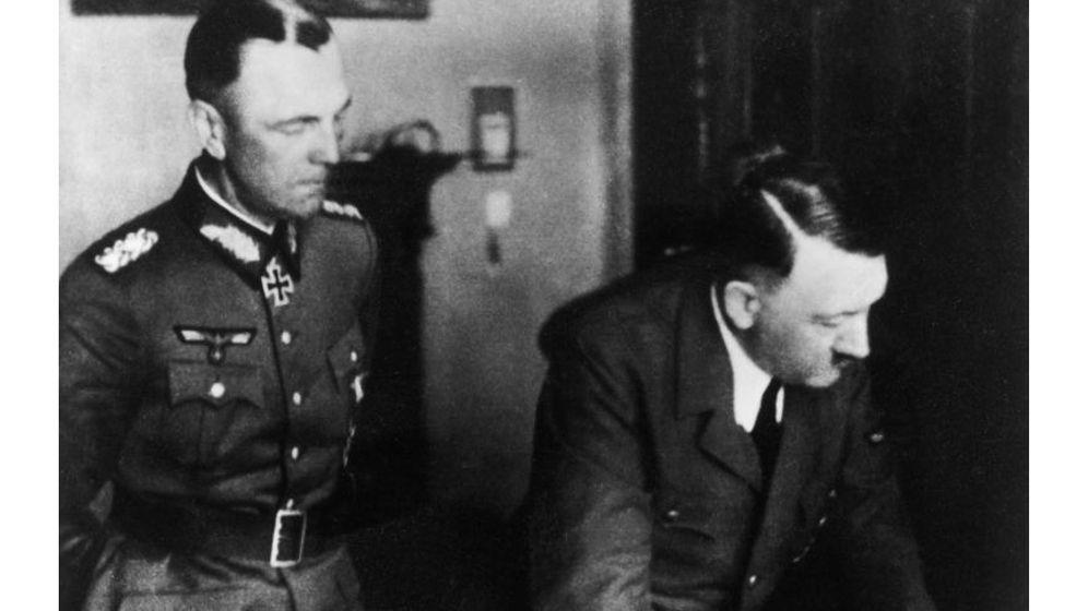 """General Friedrich Paulus: """"Männer haltet aus, der Führer haut euch raus!"""""""