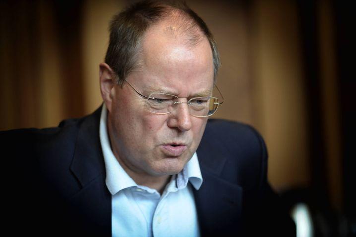 """Minister Steinbrück: """"Ist doch klar, dass so einer mal ein Ventil braucht"""""""