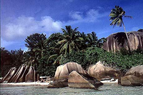 Solche Granitfelsen gibt es nur auf den Seychellen