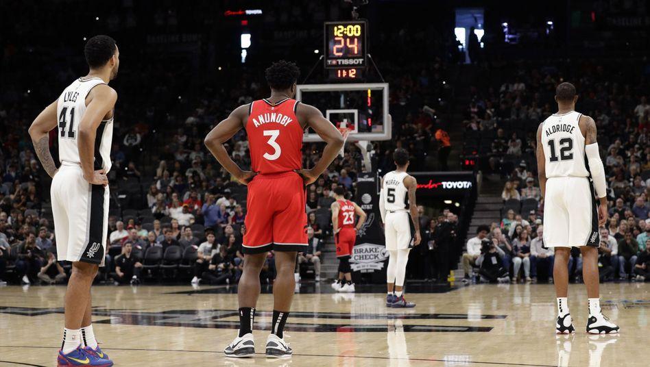 Rückennummer 24: NBA-Teams lassen Kobe Bryant zu Ehren Wurfuhr ablaufen