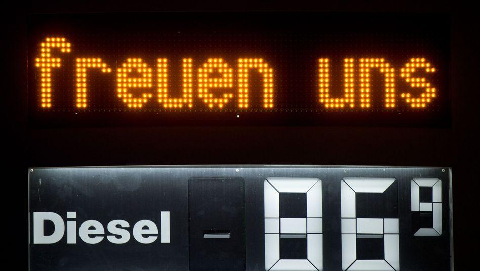 Günstiger Dieselpreis: Gut für die Menschen, schlecht für Diktatoren?