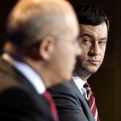 Volker Kauder und Markus Söder: Die beiden Unionspolitiker hatten vor einer Begnadigung Christian Klars gewarnt