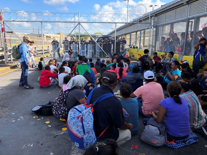 Migranten in Mexiko warten auf die Entscheidung in ihren Asylverfahren (Archivbild)