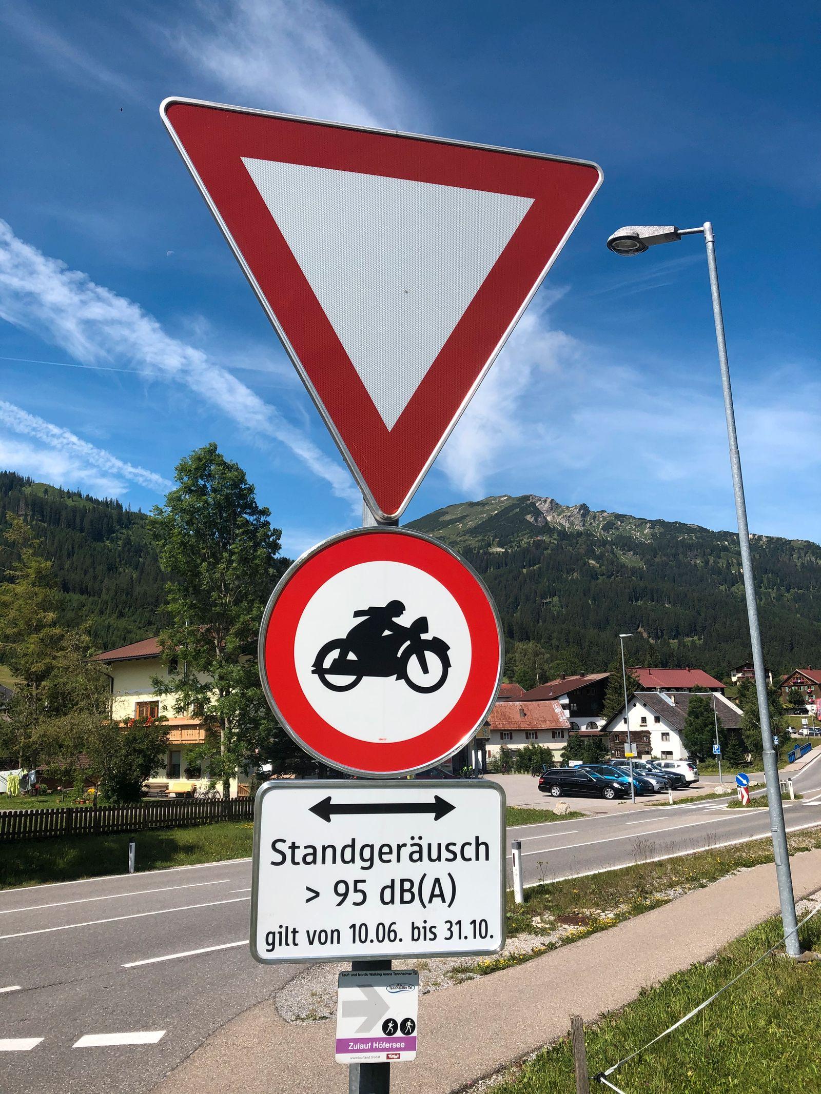 Motorradlärm, Verbot, Schild, Tannheimer Tal