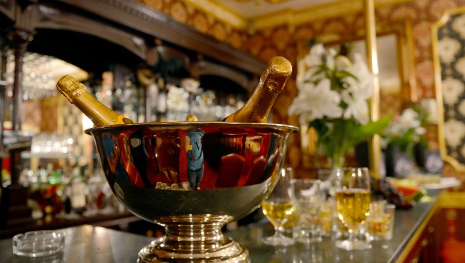 Champagner-Kühler: Der durchschnittliche Wohlstand wächst