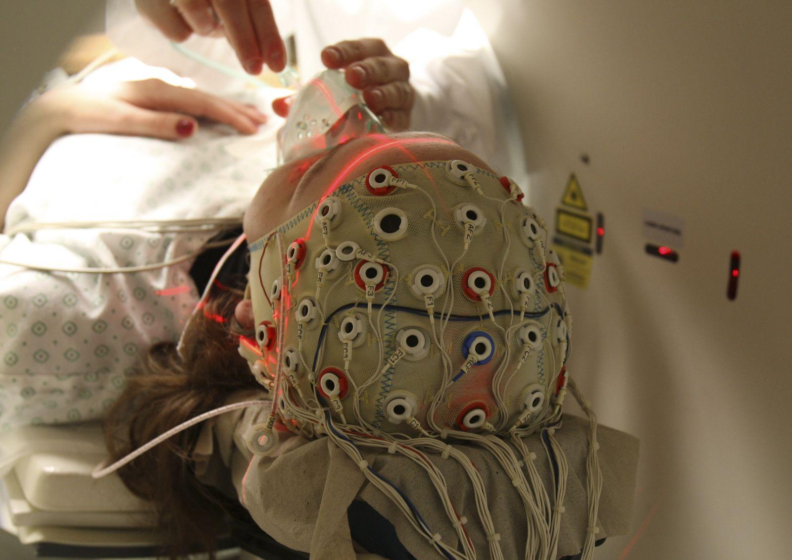 Wachkomaptient / Hirnströmme / EEG