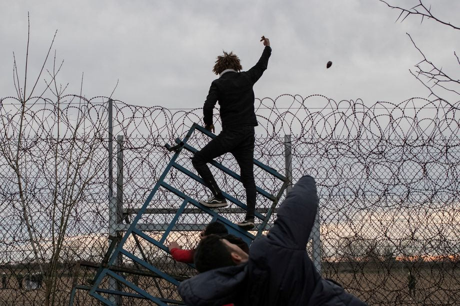 Migrants did all they could to break through the border fence.