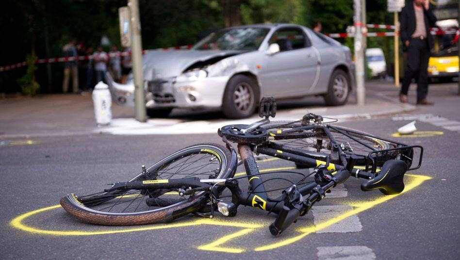 """Unfall zwischen Auto- und Fahrradfahrer in Berlin: """"Radfahrer sind umwegsensibel"""""""